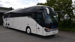 Setra S 517 HD Reisebus Seitenansicht auf Parkplatz - Musshoff Touristik Lippstadt